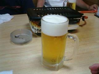 『焼肉 石山屋』の生ビール